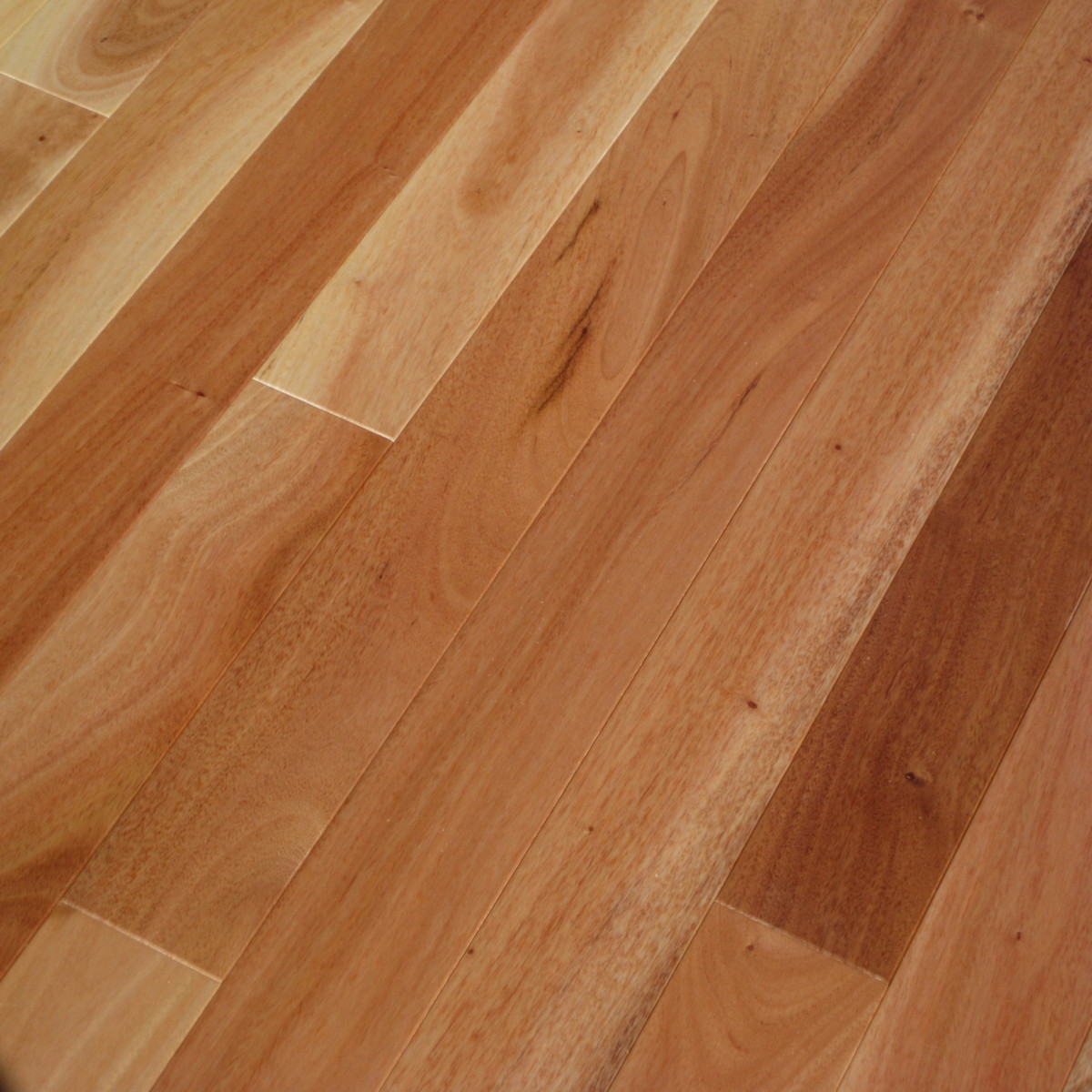 Amendoim Hardwood Flooring
