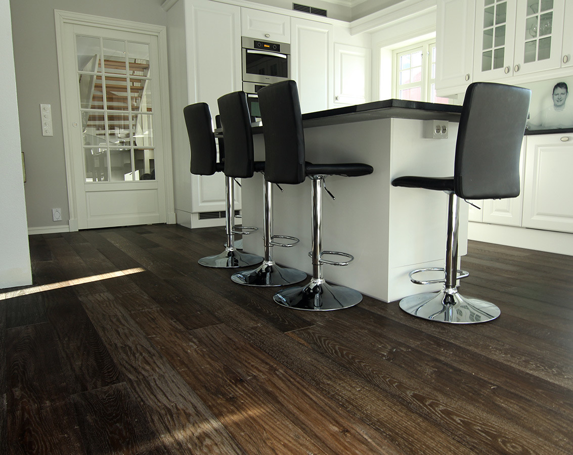 Vintage Ebony Flooring Prefinished Engineered Hardwood