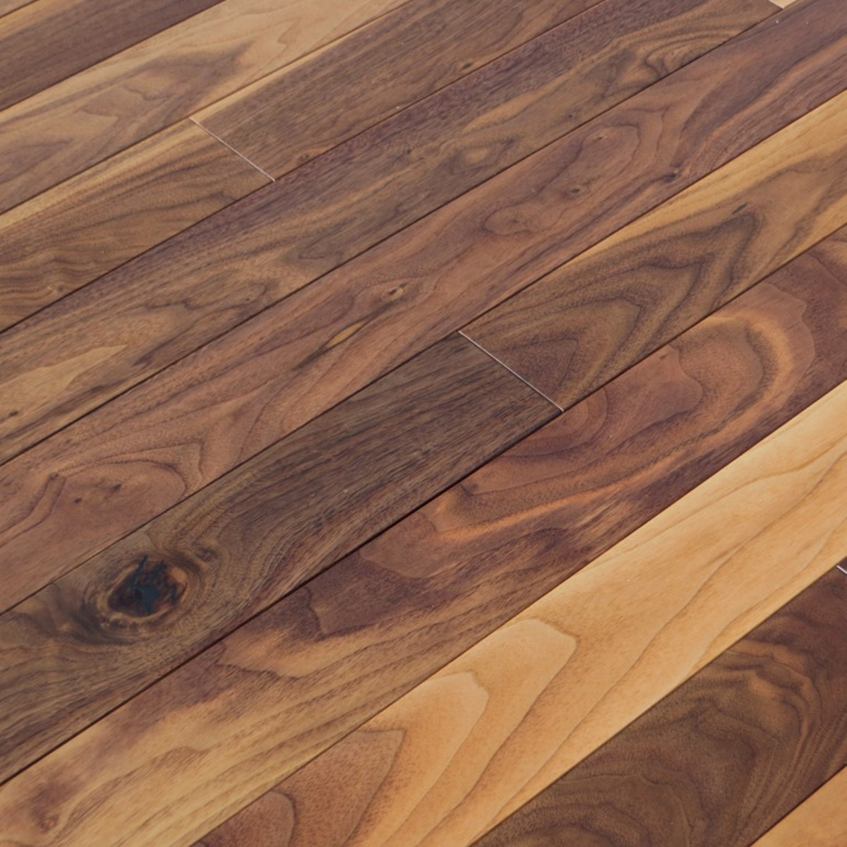 American Collection Natural Character Black Walnut