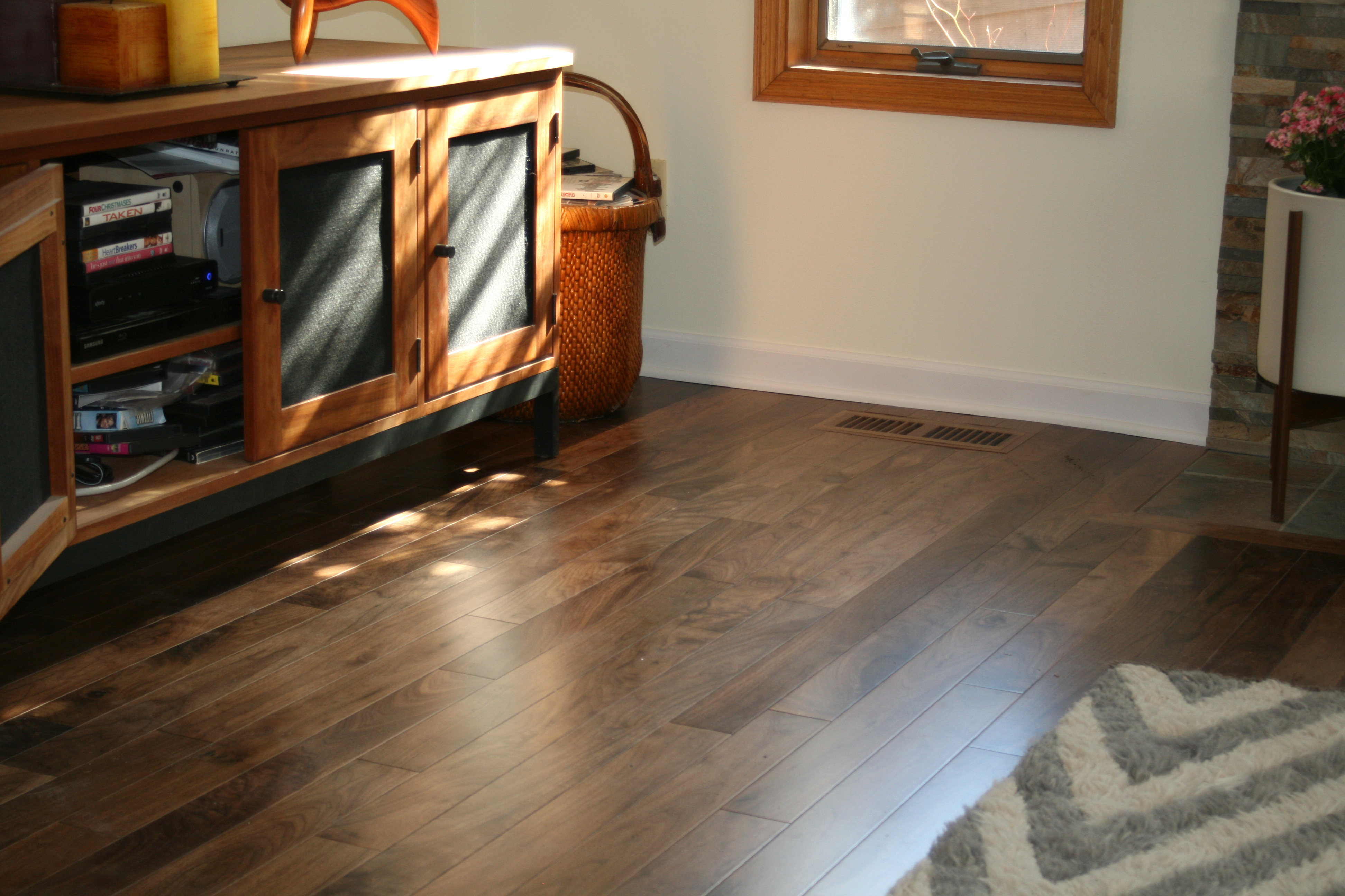 American Collection Black Walnut
