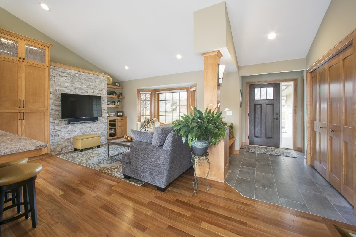Wood Floor Glossary and Tips For Selecting Hardwood Flooring