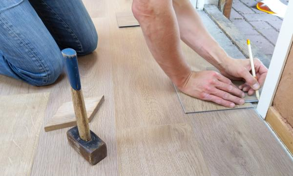Floating Floors: A Simple Solution To Traditional Hardwood Floors