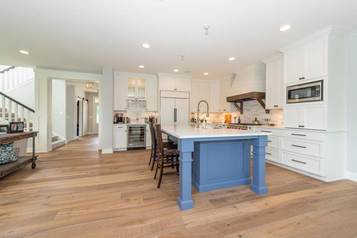 Should My Floors Match My Cabinets?