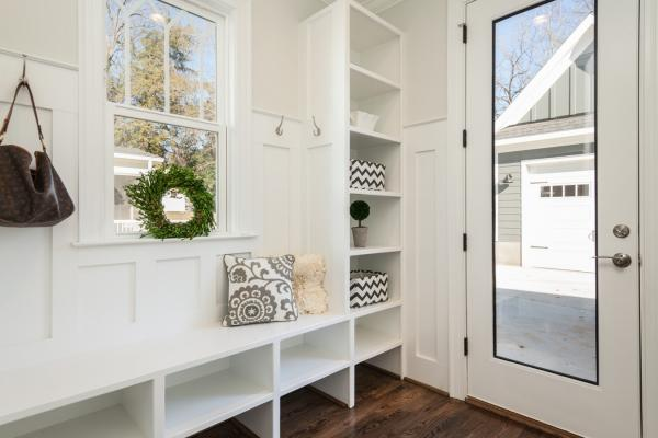 Five Tips on Choosing Wood Floors for Your Mudroom